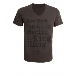 Berlin is King Kong T-Shirt